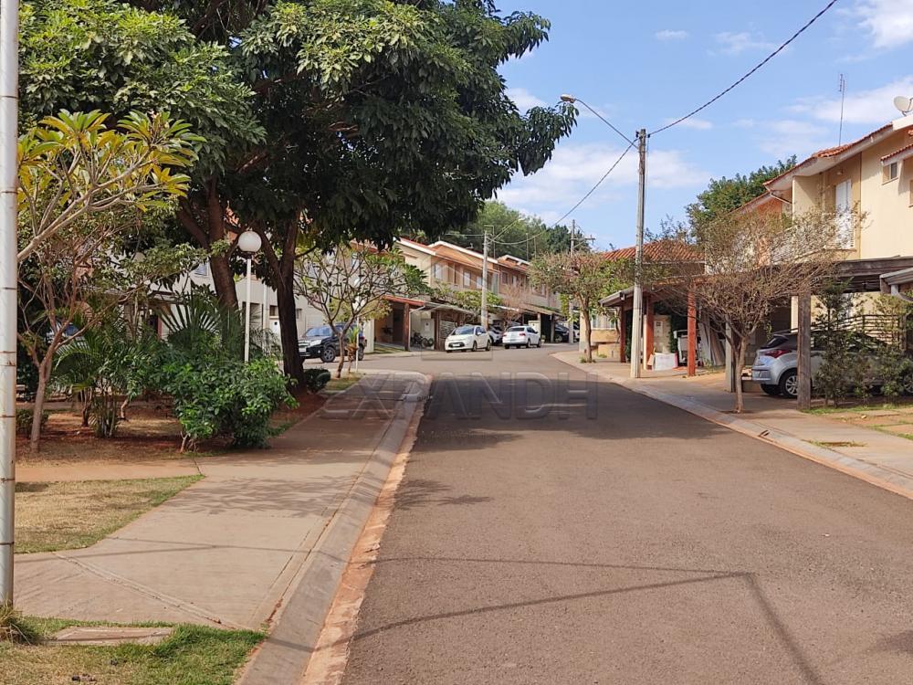 Alugar Casas / Condomínio em Sertãozinho R$ 1.250,00 - Foto 22