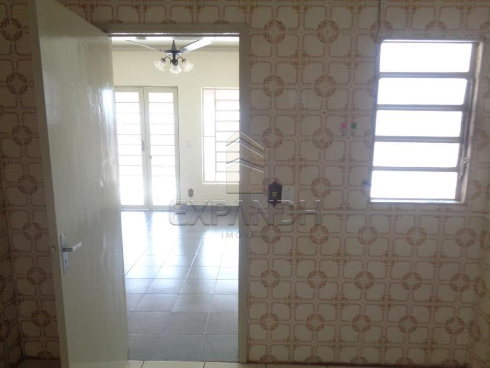 Alugar Casas / Padrão em Sertãozinho R$ 855,00 - Foto 15