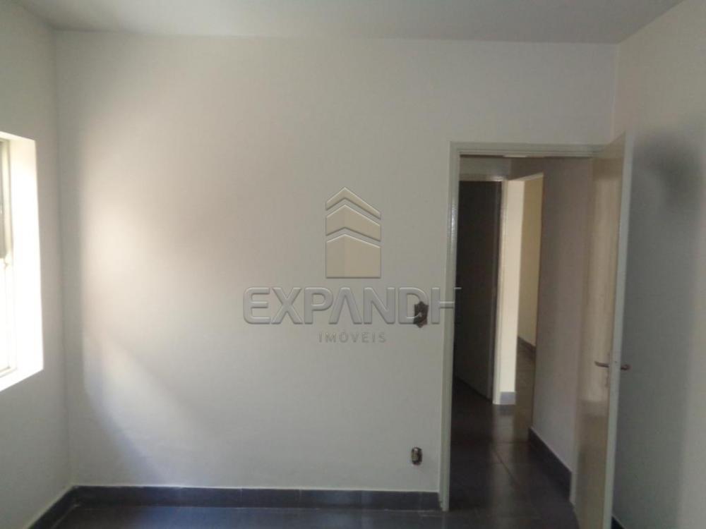 Alugar Casas / Padrão em Sertãozinho R$ 855,00 - Foto 6
