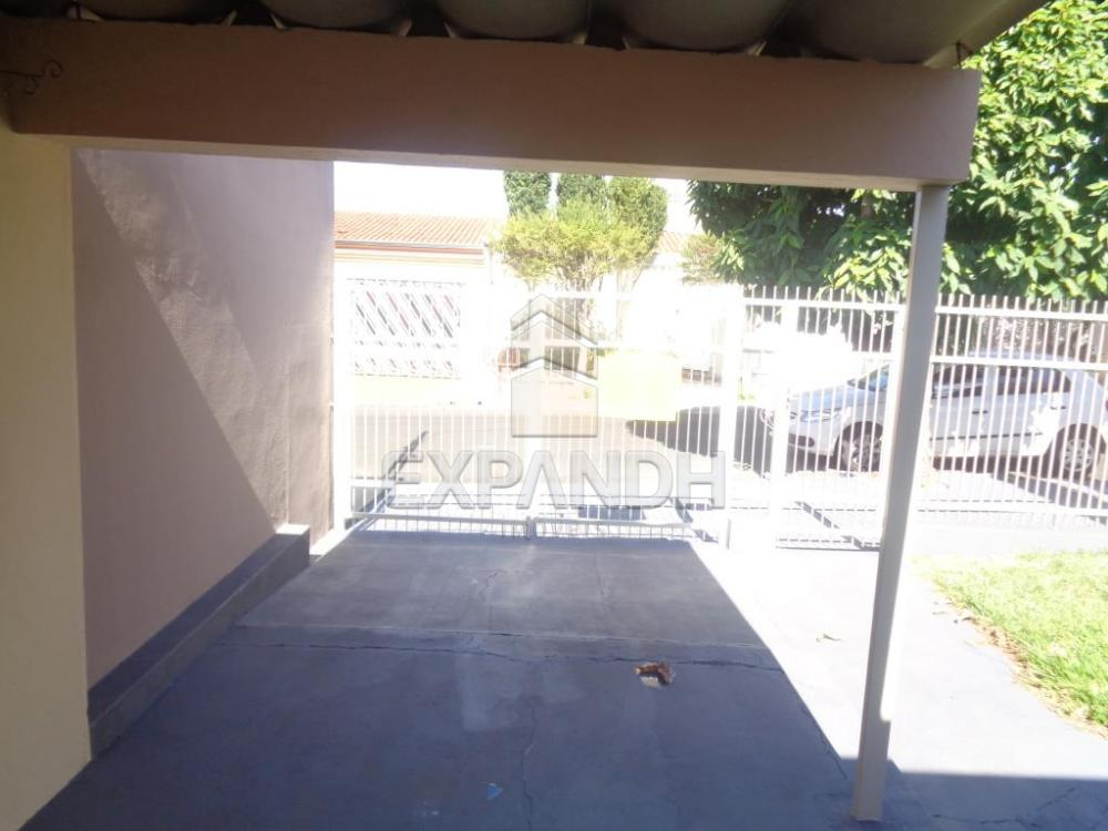 Alugar Casas / Padrão em Sertãozinho R$ 855,00 - Foto 4