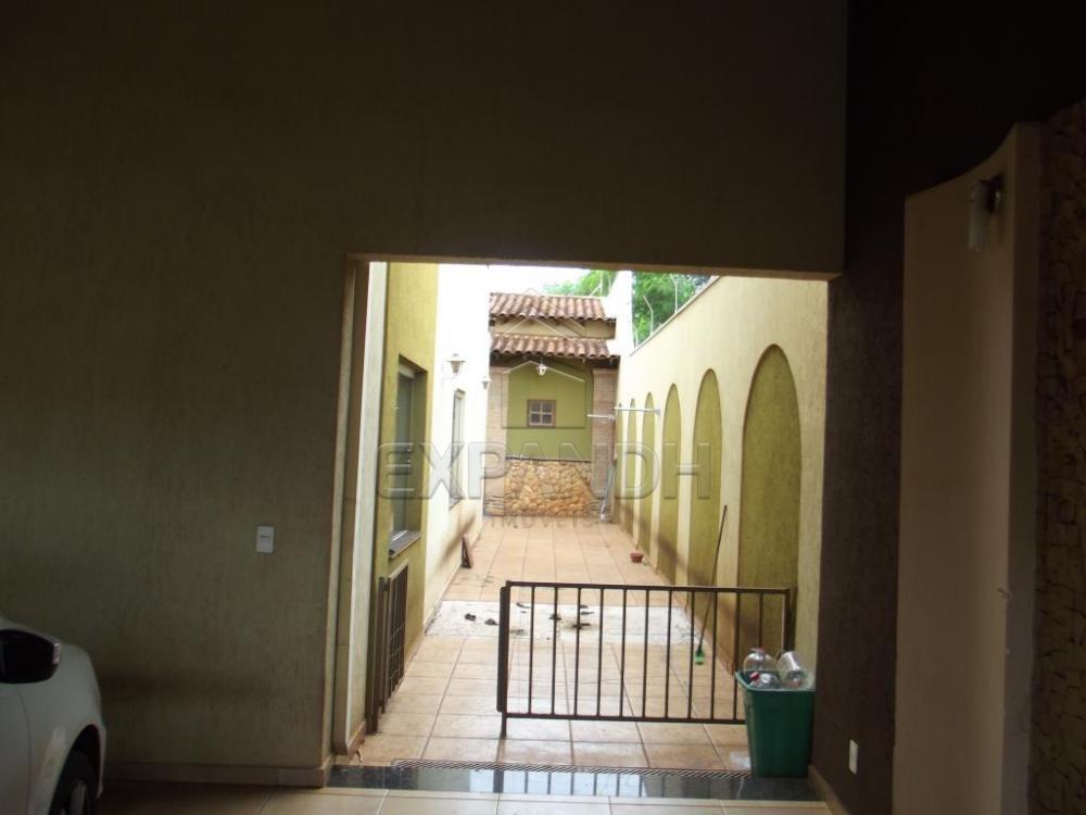 Alugar Casas / Padrão em Sertãozinho R$ 2.005,00 - Foto 17