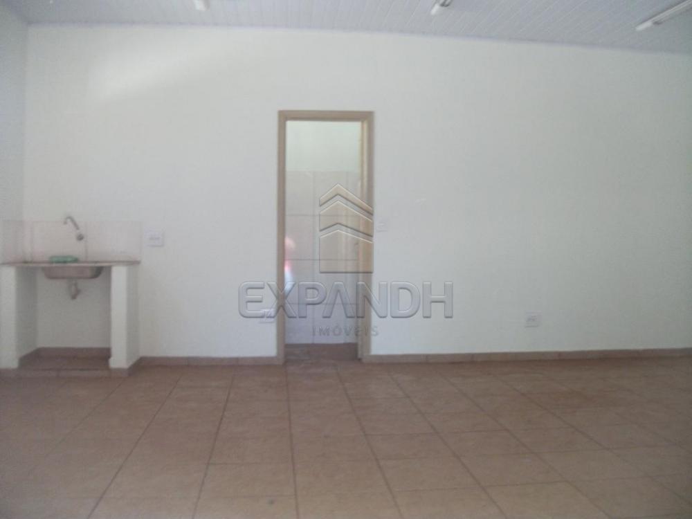 Alugar Comerciais / Salão em Sertãozinho R$ 1.005,00 - Foto 2