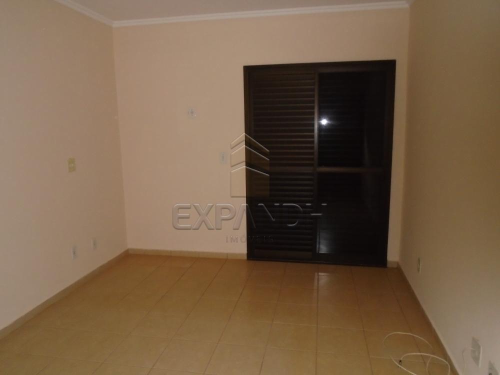 Alugar Apartamentos / Padrão em Sertãozinho R$ 1.100,00 - Foto 3