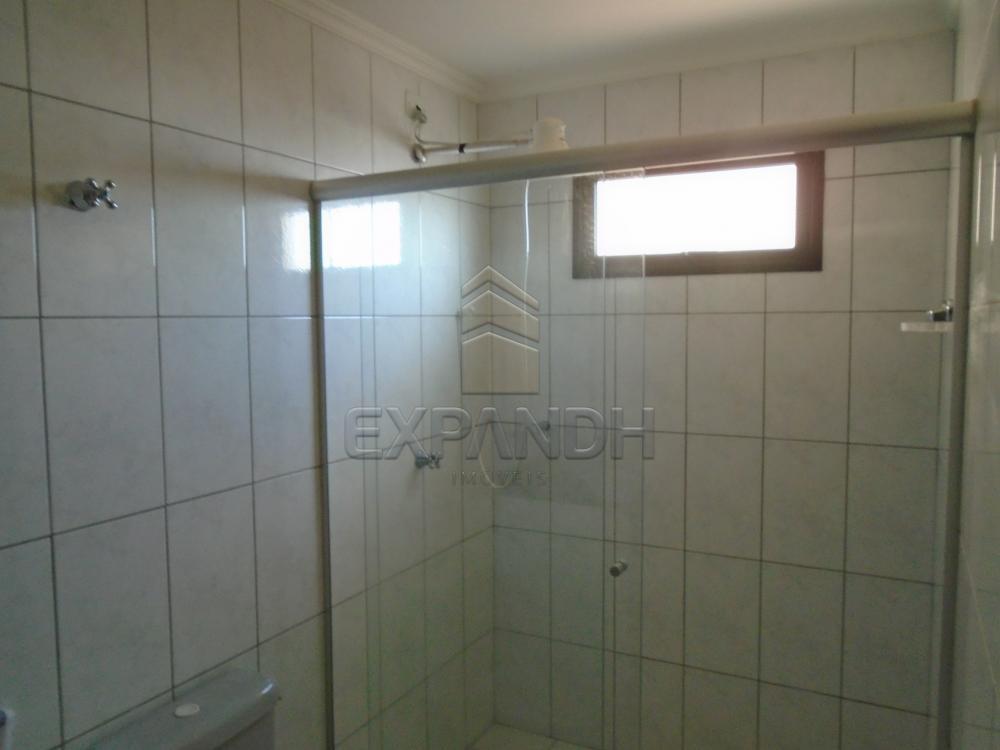 Alugar Apartamentos / Padrão em Sertãozinho R$ 1.100,00 - Foto 7