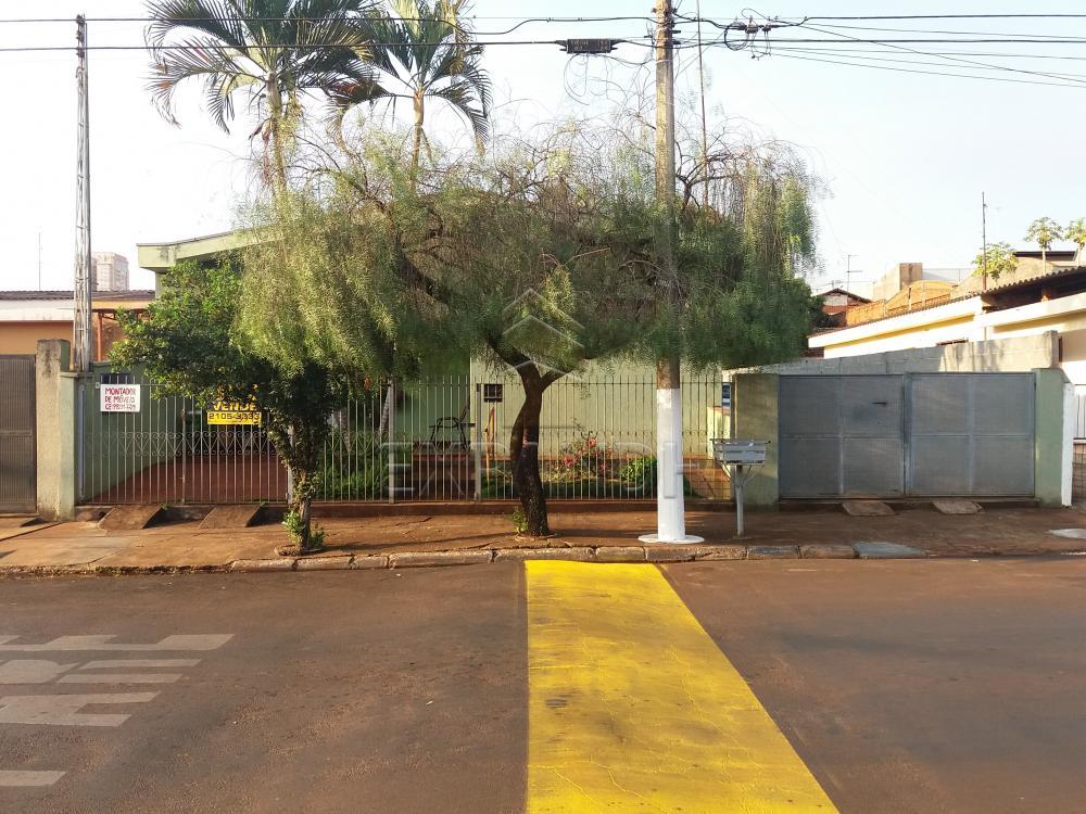 Comprar Casas / Padrão em Sertãozinho R$ 750.000,00 - Foto 1