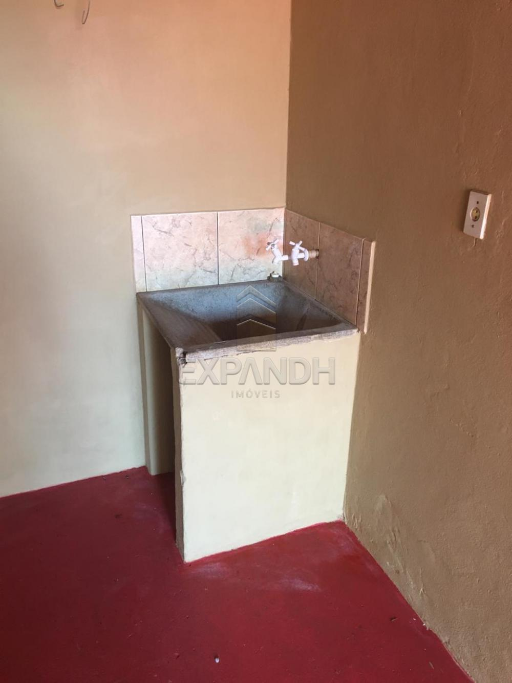 Alugar Casas / Padrão em Sertãozinho apenas R$ 400,00 - Foto 4