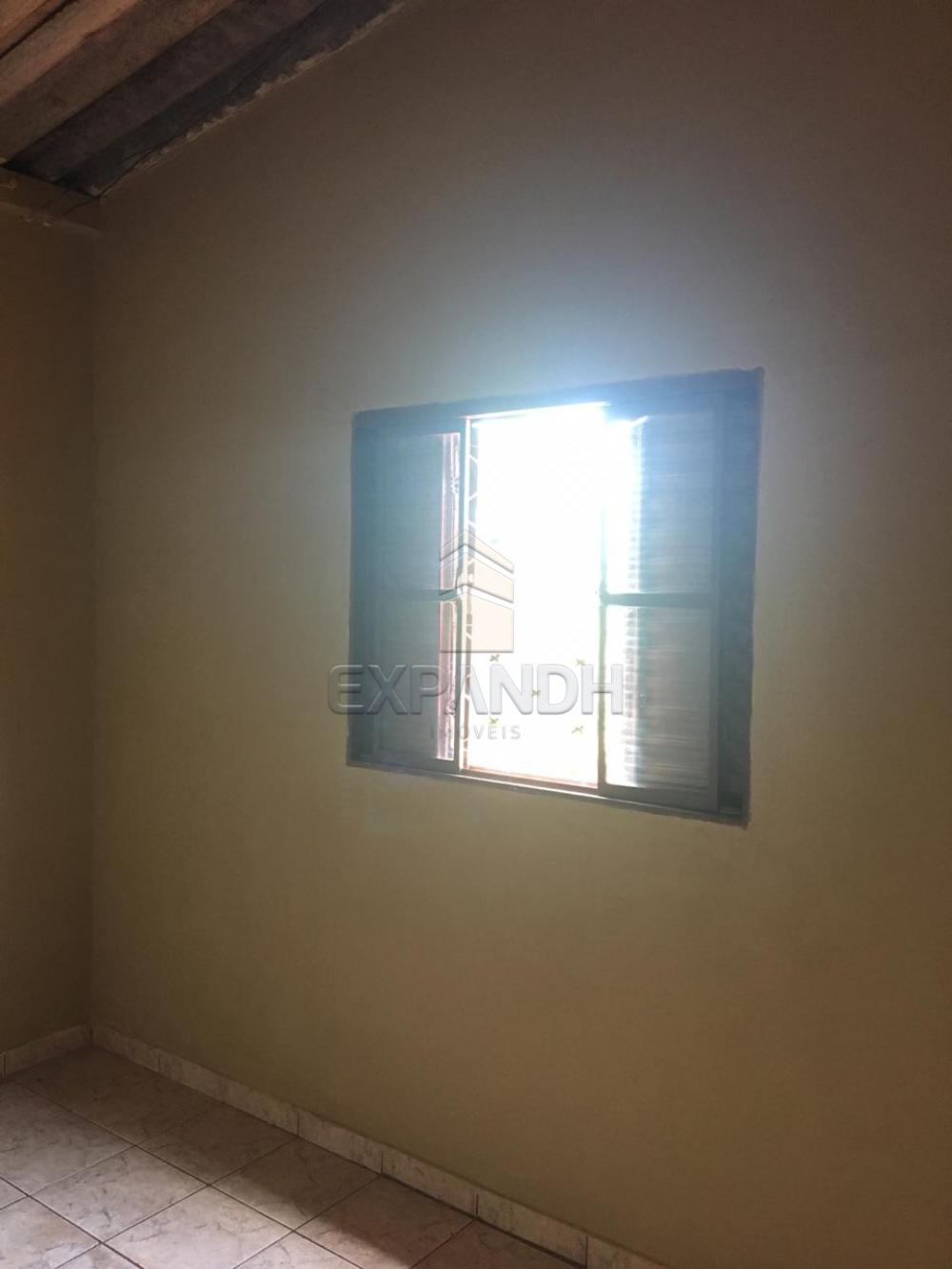 Alugar Casas / Padrão em Sertãozinho apenas R$ 400,00 - Foto 12