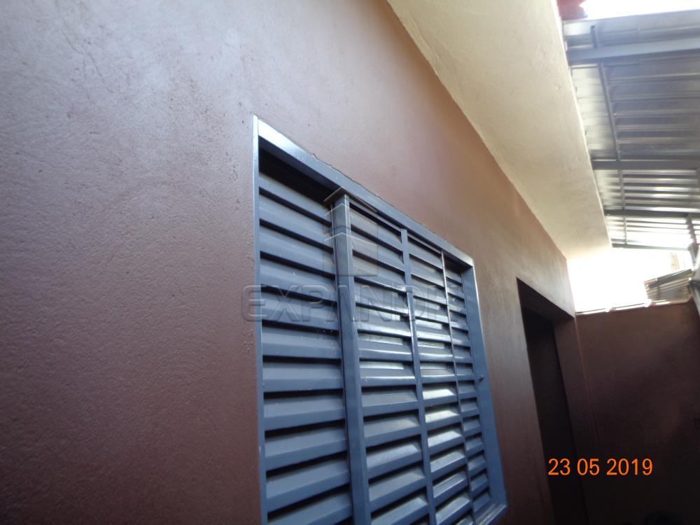 Alugar Casas / Padrão em Dumont apenas R$ 650,00 - Foto 2