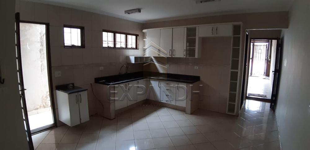 Alugar Casas / Padrão em Sertãozinho R$ 1.650,00 - Foto 9