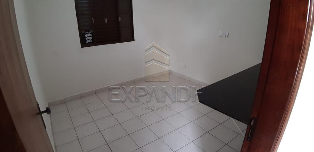 Alugar Casas / Padrão em Sertãozinho R$ 1.650,00 - Foto 23