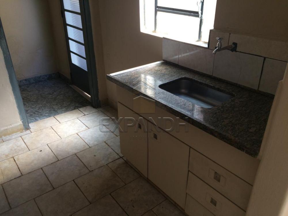 Alugar Casas / Padrão em Sertãozinho apenas R$ 560,00 - Foto 13