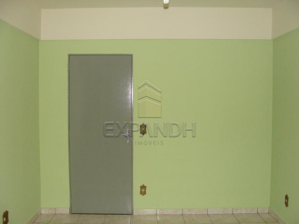 Alugar Apartamentos / Padrão em Sertãozinho R$ 800,00 - Foto 2