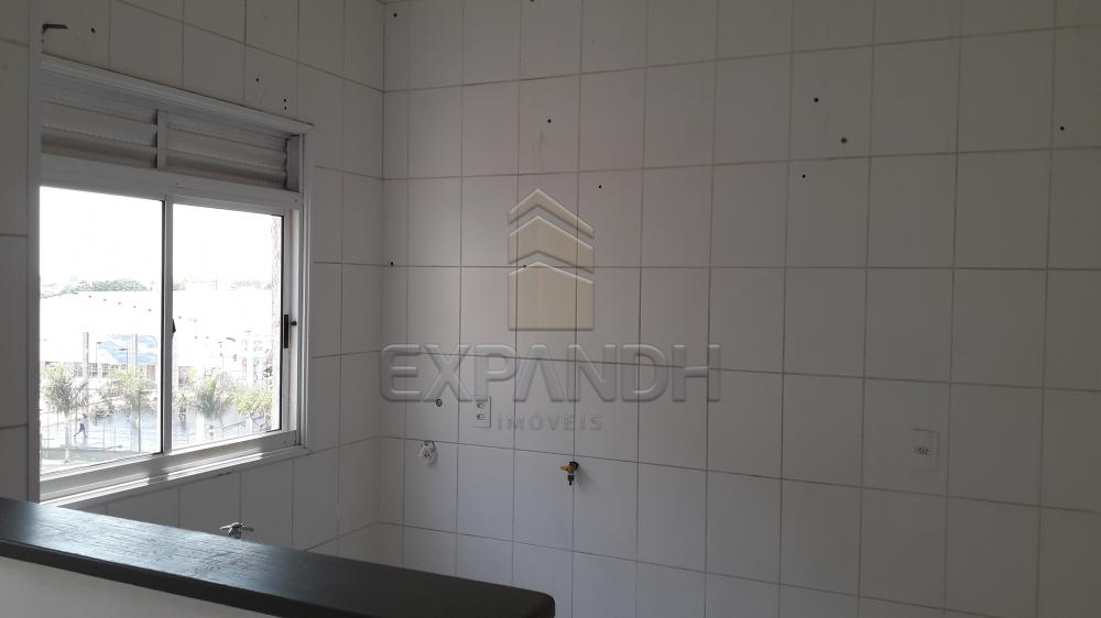 Alugar Apartamentos / Padrão em Sertãozinho R$ 750,00 - Foto 11