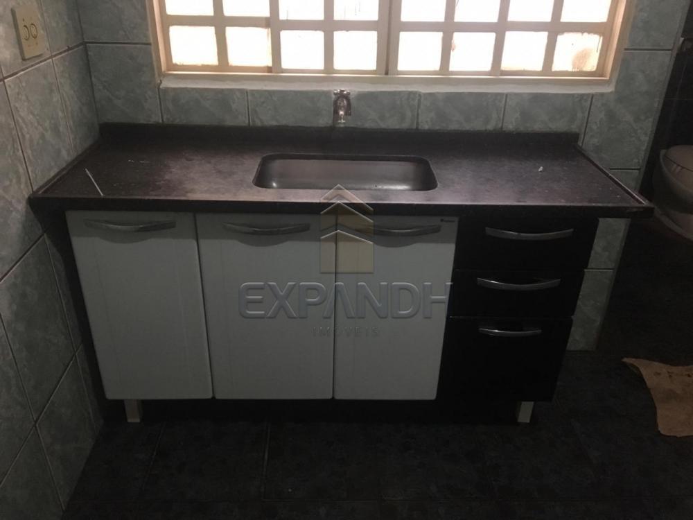Alugar Casas / Padrão em Sertãozinho R$ 700,00 - Foto 13