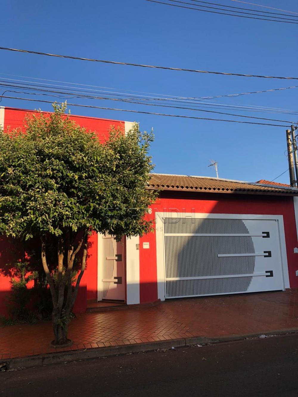 Alugar Casas / Padrão em Sertãozinho R$ 1.250,00 - Foto 1