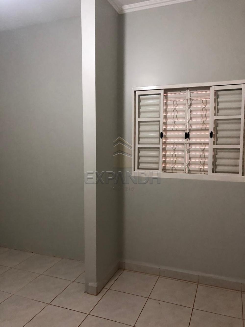 Alugar Casas / Padrão em Sertãozinho R$ 1.250,00 - Foto 18