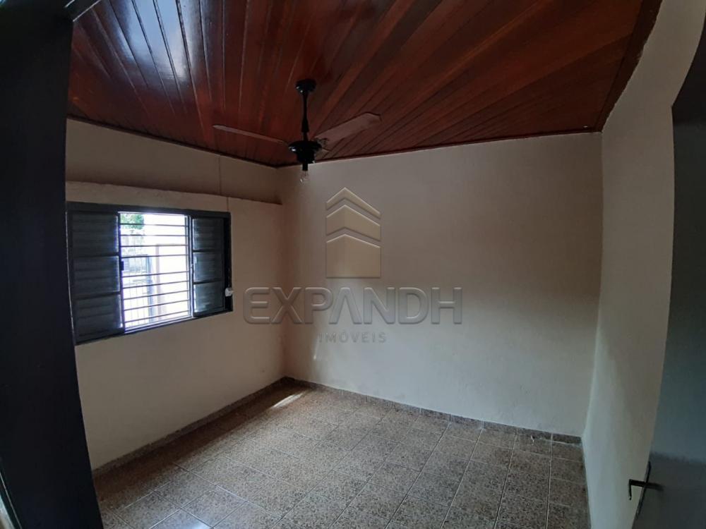 Alugar Casas / Padrão em Sertãozinho R$ 835,00 - Foto 12