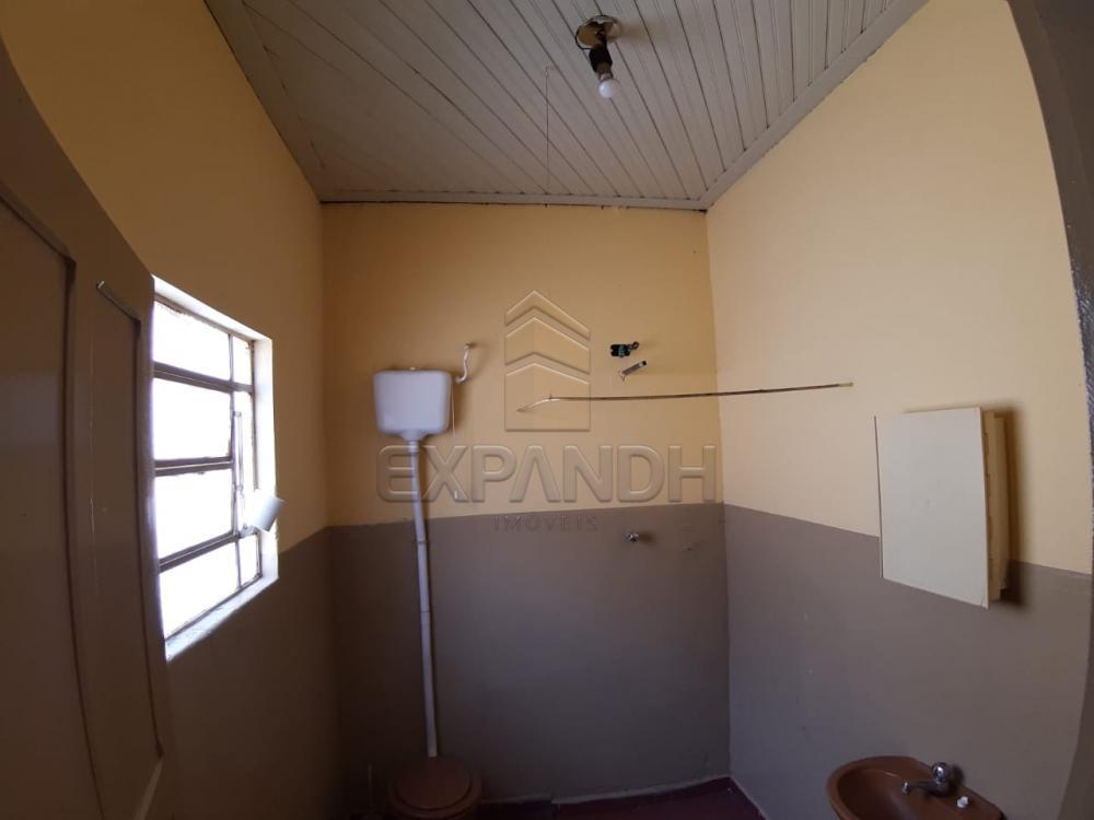 Alugar Casas / Padrão em Sertãozinho R$ 835,00 - Foto 17