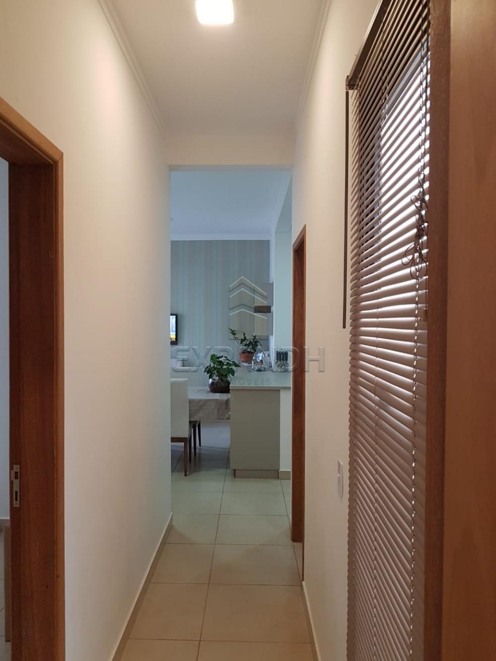 Comprar Apartamentos / Padrão em Sertãozinho apenas R$ 220.000,00 - Foto 4