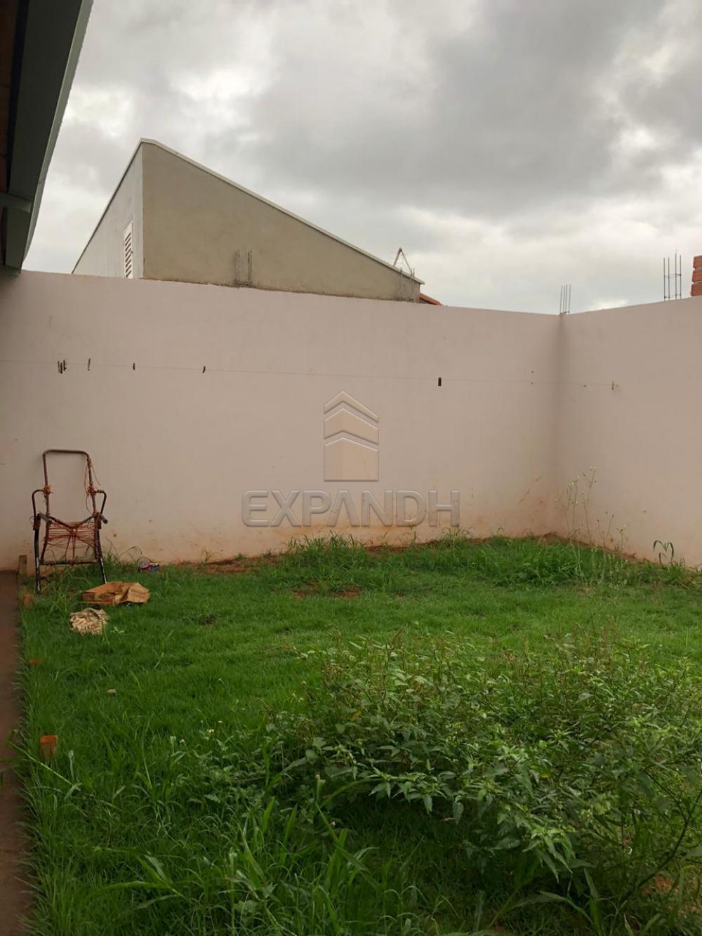 Alugar Casas / Padrão em Sertãozinho R$ 1.050,00 - Foto 14