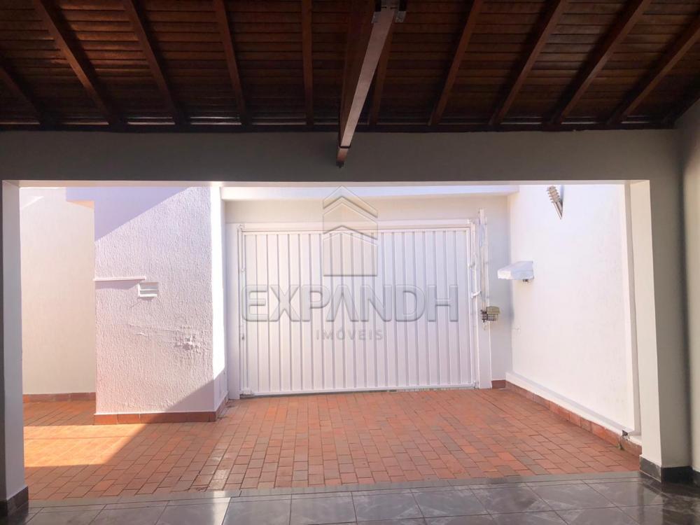 Alugar Casas / Padrão em Sertãozinho R$ 1.300,00 - Foto 4