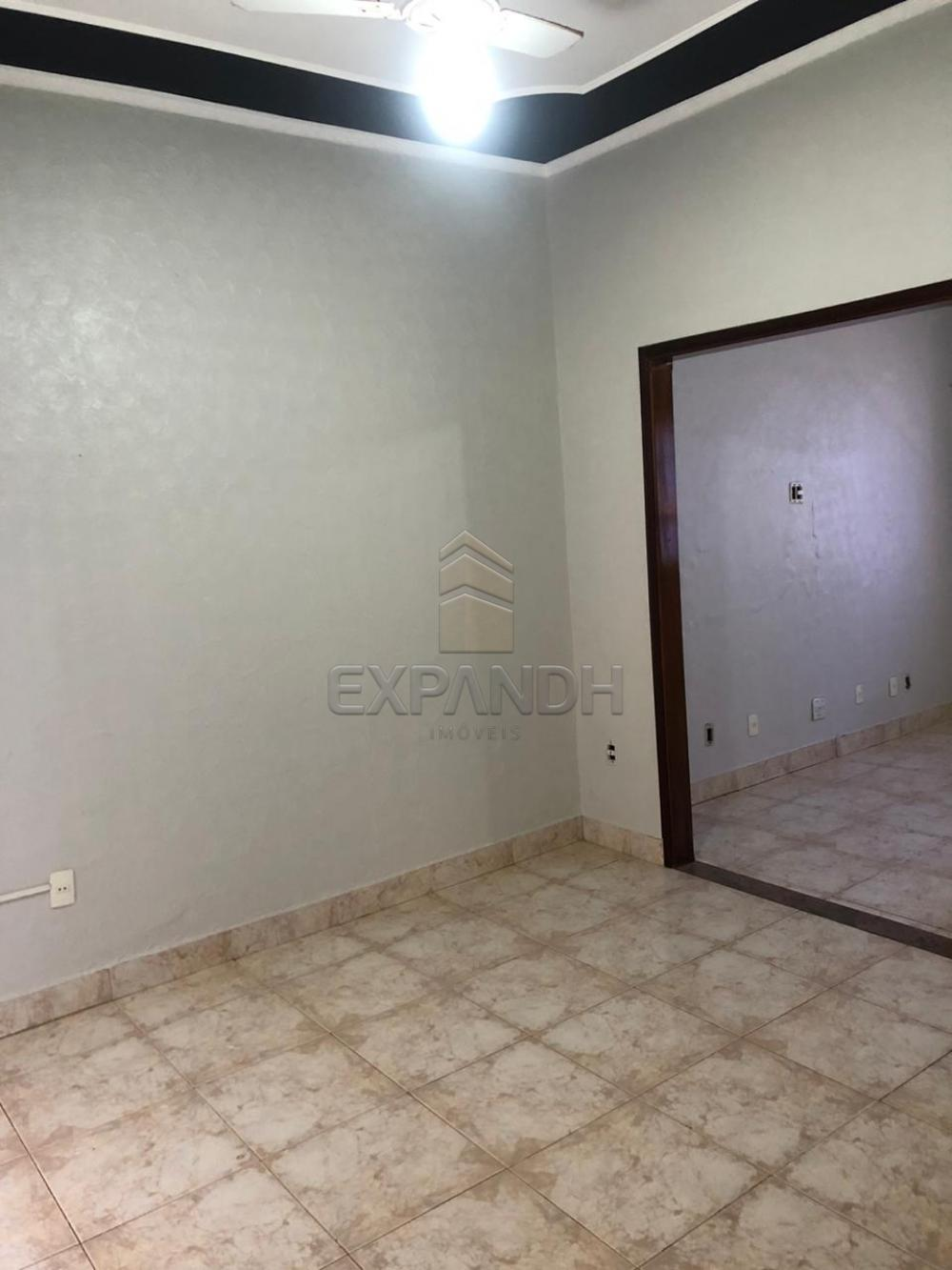 Alugar Casas / Padrão em Sertãozinho R$ 1.300,00 - Foto 6