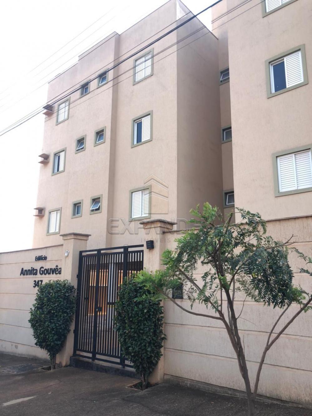 Alugar Apartamentos / Padrão em Sertãozinho R$ 1.200,00 - Foto 1