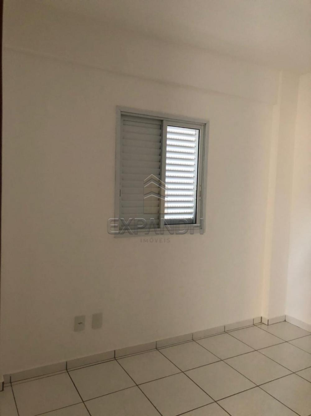 Alugar Apartamentos / Padrão em Sertãozinho R$ 1.200,00 - Foto 5
