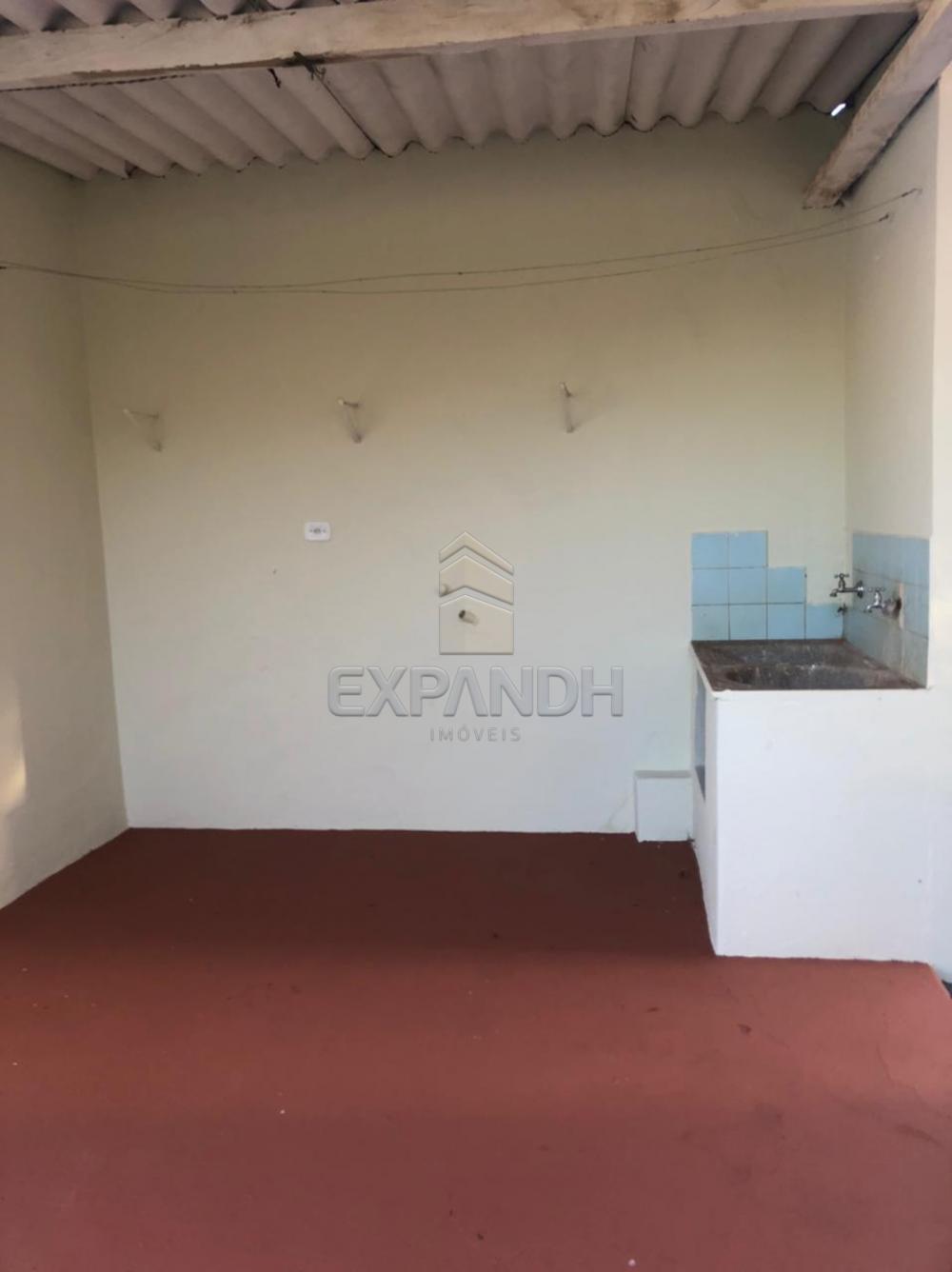 Alugar Casas / Padrão em Sertãozinho R$ 1.500,00 - Foto 27
