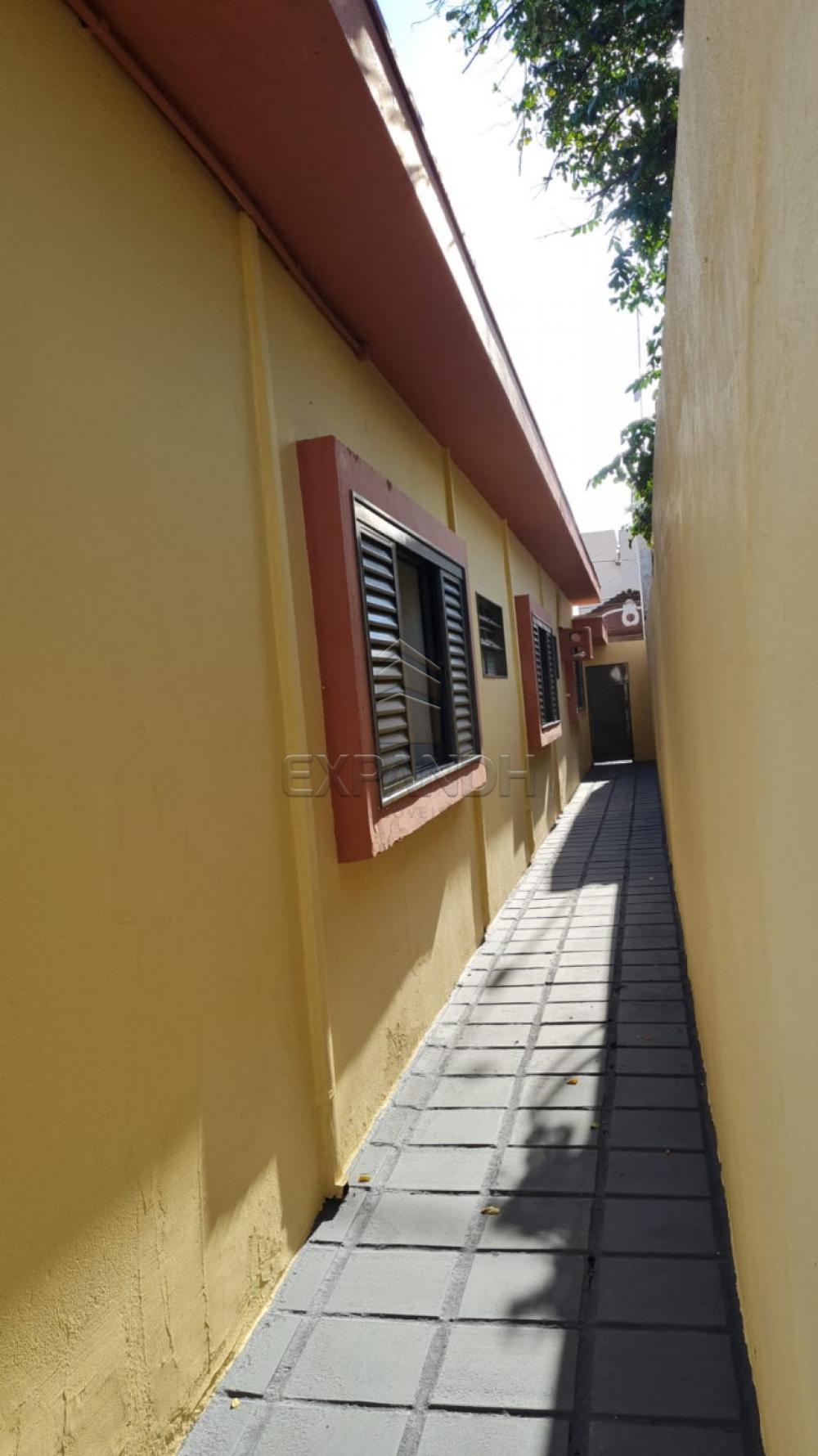 Alugar Casas / Padrão em Sertãozinho R$ 1.500,00 - Foto 6