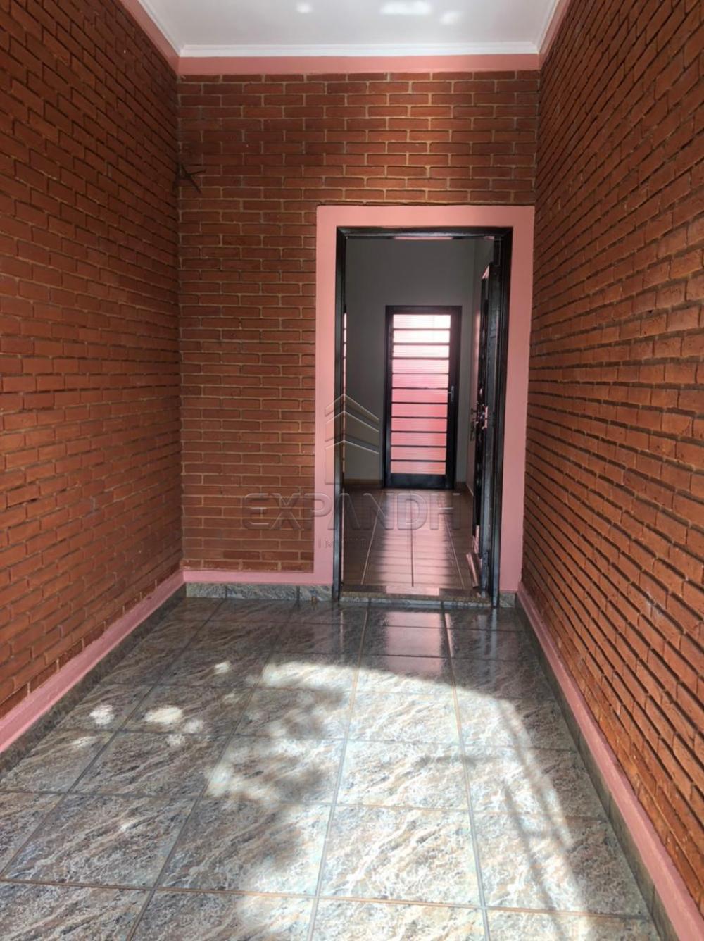 Alugar Casas / Padrão em Sertãozinho R$ 1.600,00 - Foto 2