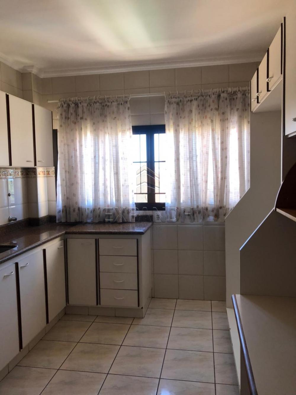 Alugar Apartamentos / Padrão em Sertãozinho R$ 1.350,00 - Foto 5