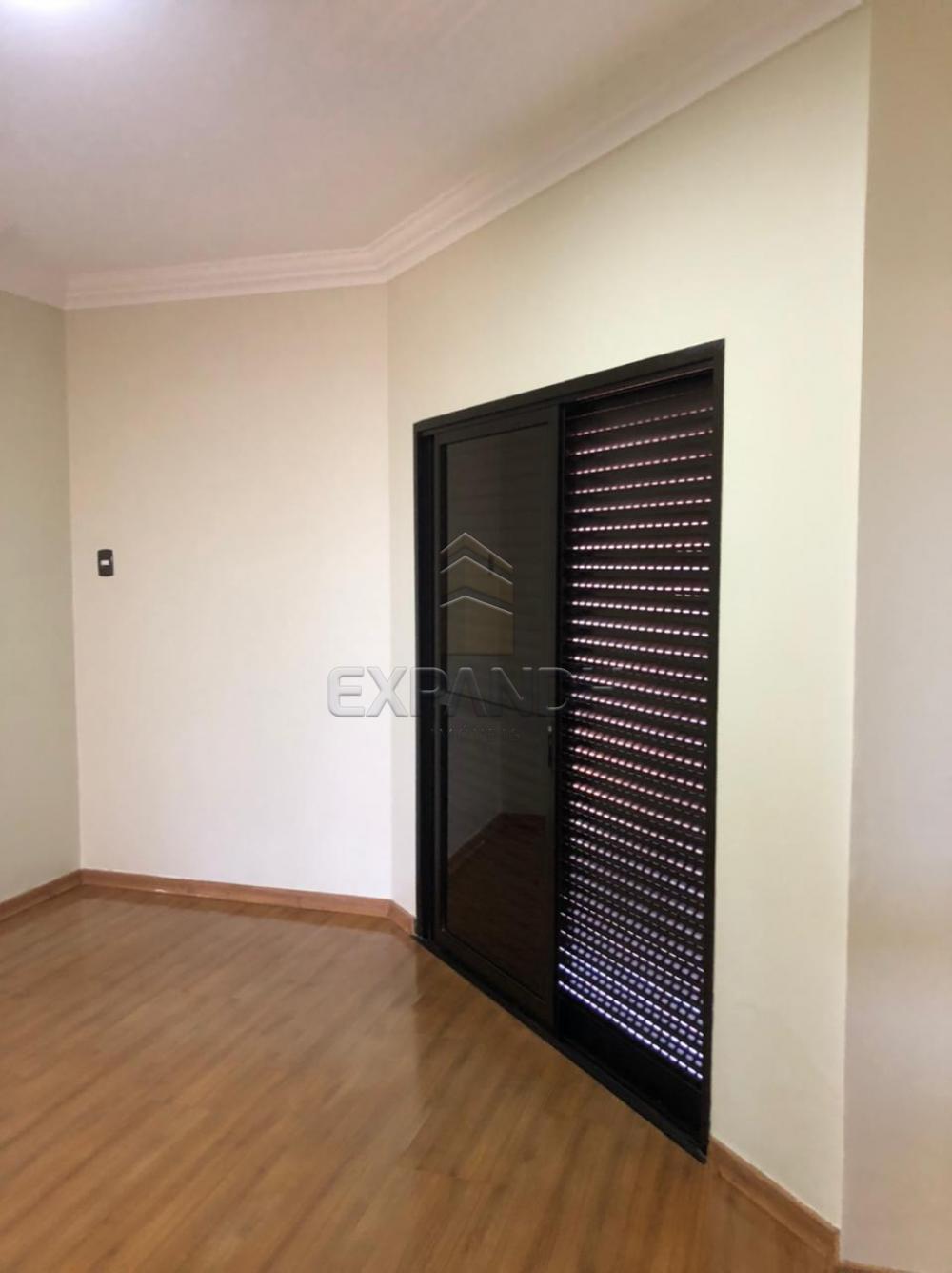 Alugar Apartamentos / Padrão em Sertãozinho R$ 1.350,00 - Foto 22