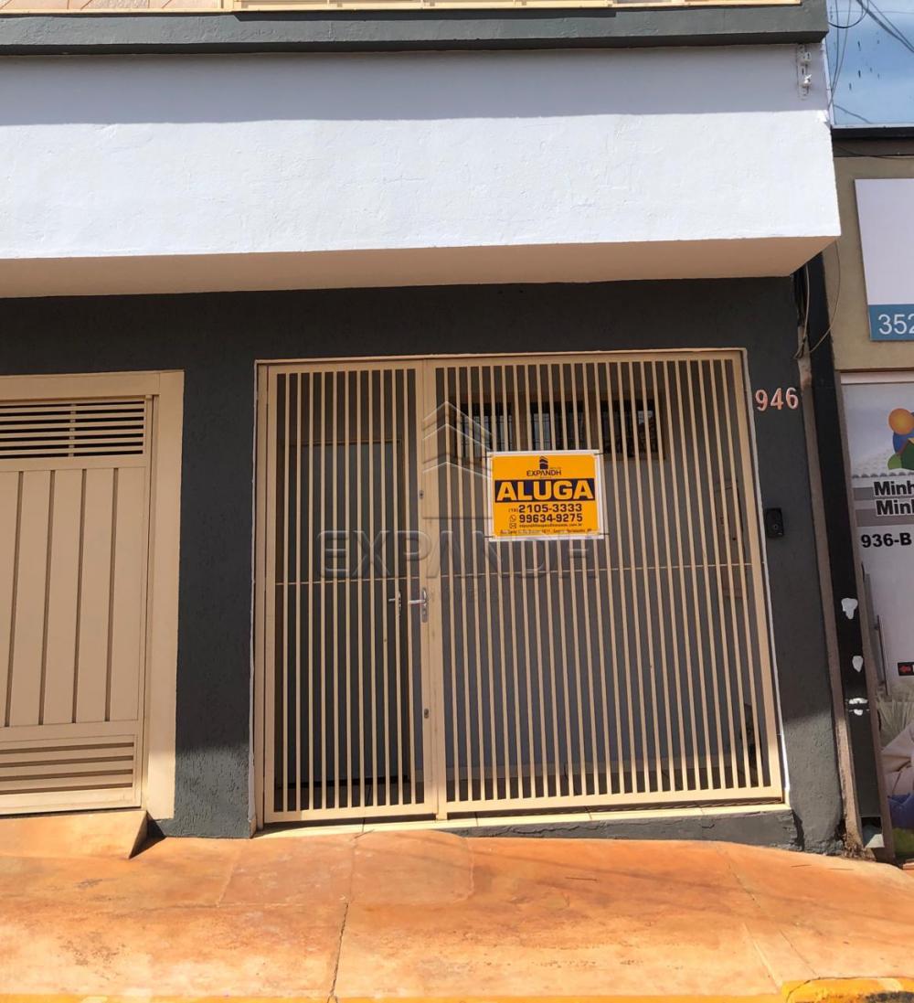 Alugar Casas / Padrão em Sertãozinho R$ 1.000,00 - Foto 1