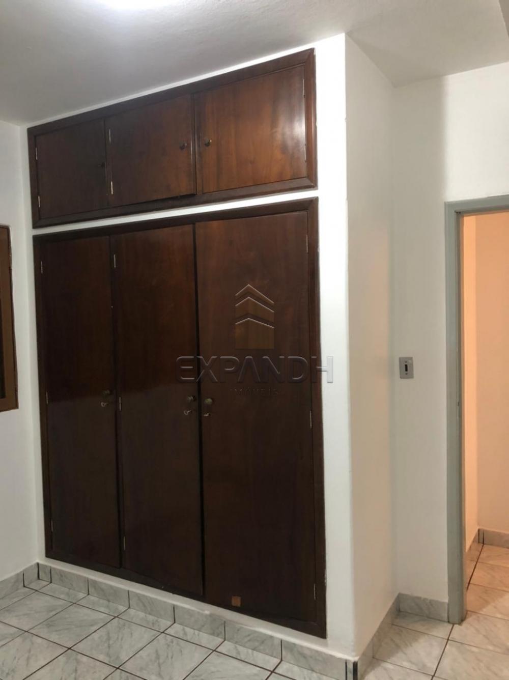 Alugar Casas / Padrão em Sertãozinho R$ 1.000,00 - Foto 7