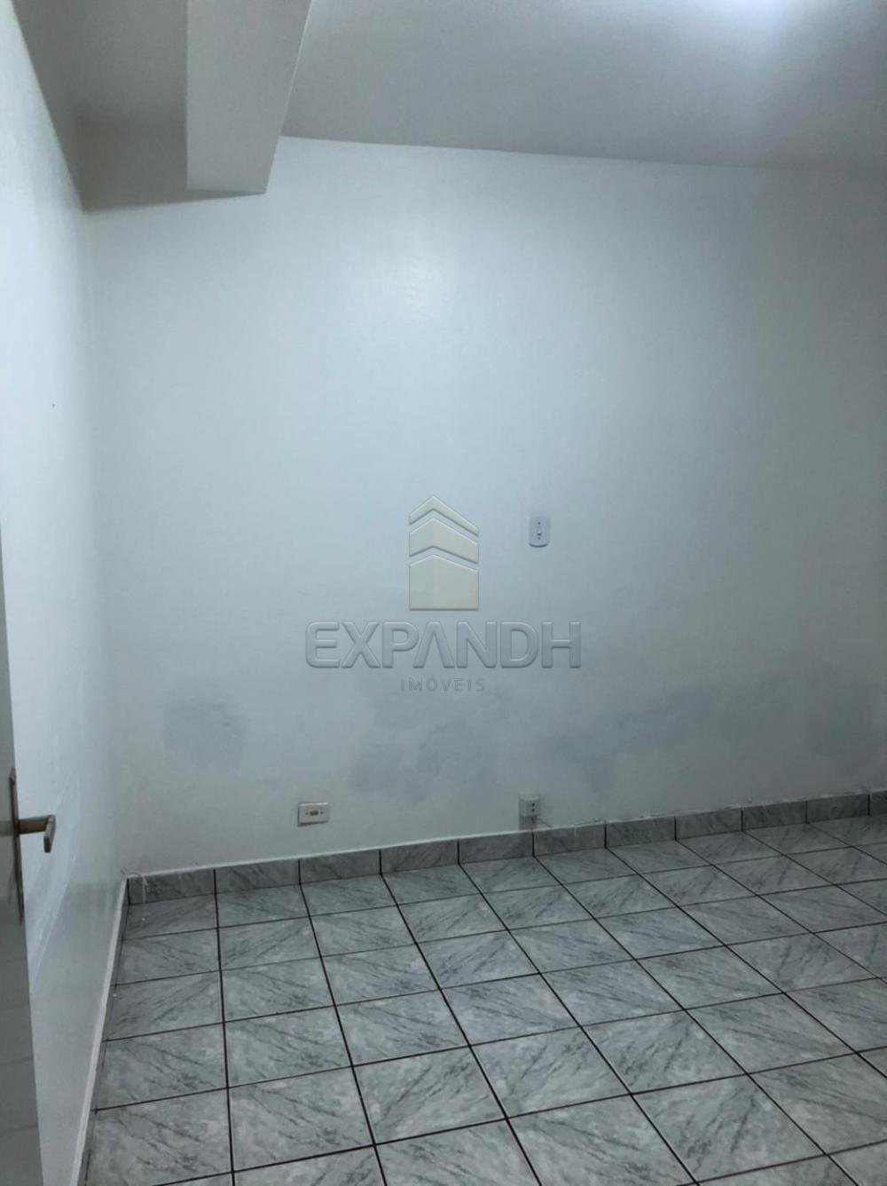 Alugar Casas / Padrão em Sertãozinho R$ 1.000,00 - Foto 8