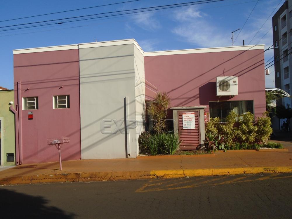 Alugar Comerciais / Salão em Sertãozinho R$ 1.082,48 - Foto 1