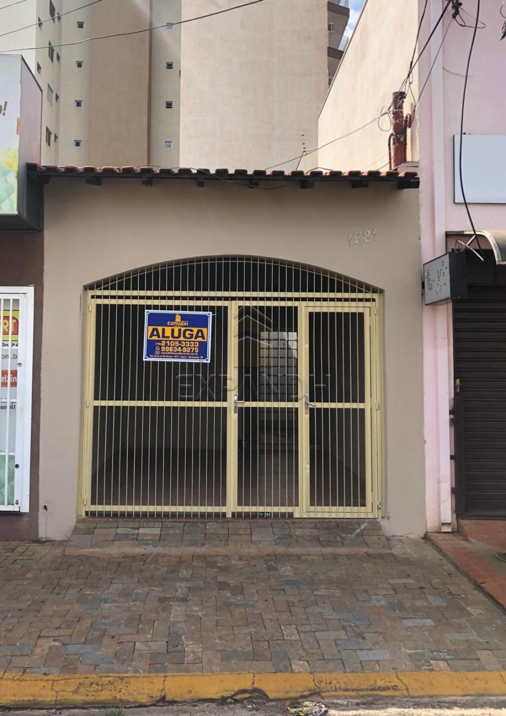 Alugar Casas / Padrão em Sertãozinho R$ 1.100,00 - Foto 1