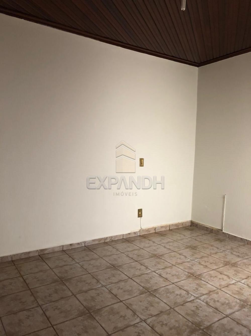 Alugar Casas / Padrão em Sertãozinho R$ 1.100,00 - Foto 5