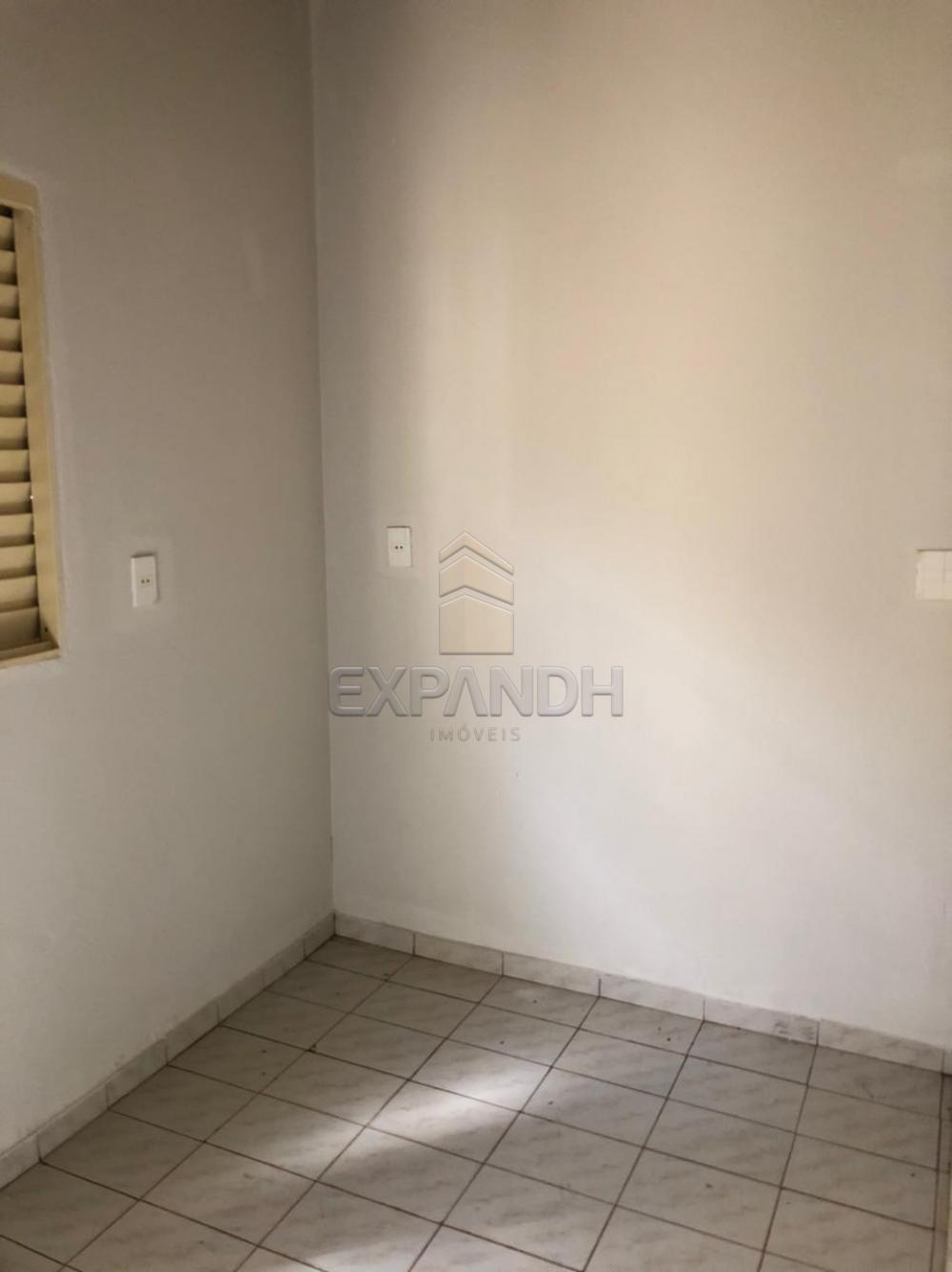 Alugar Casas / Padrão em Sertãozinho R$ 1.100,00 - Foto 22