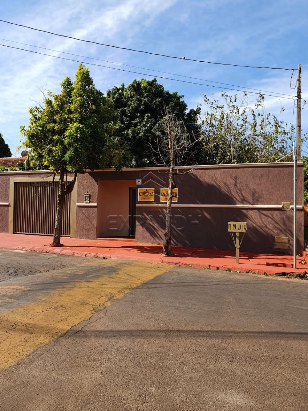 Alugar Casas / Padrão em Sertãozinho R$ 1.440,00 - Foto 1