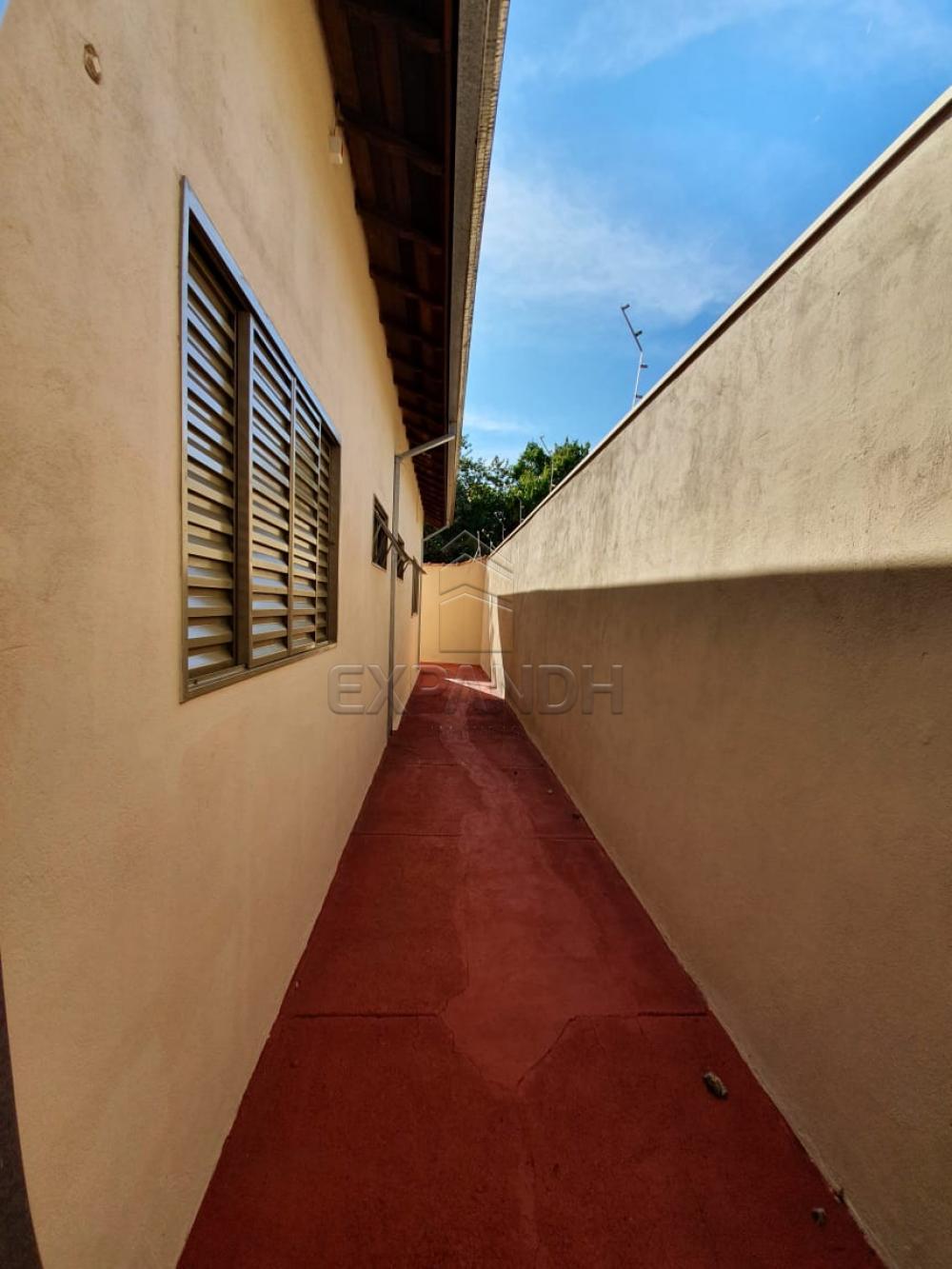 Alugar Casas / Padrão em Sertãozinho R$ 1.440,00 - Foto 4