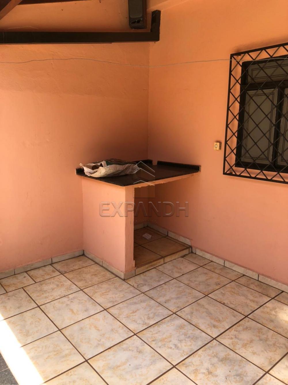 Alugar Casas / Padrão em Sertãozinho R$ 1.250,00 - Foto 8
