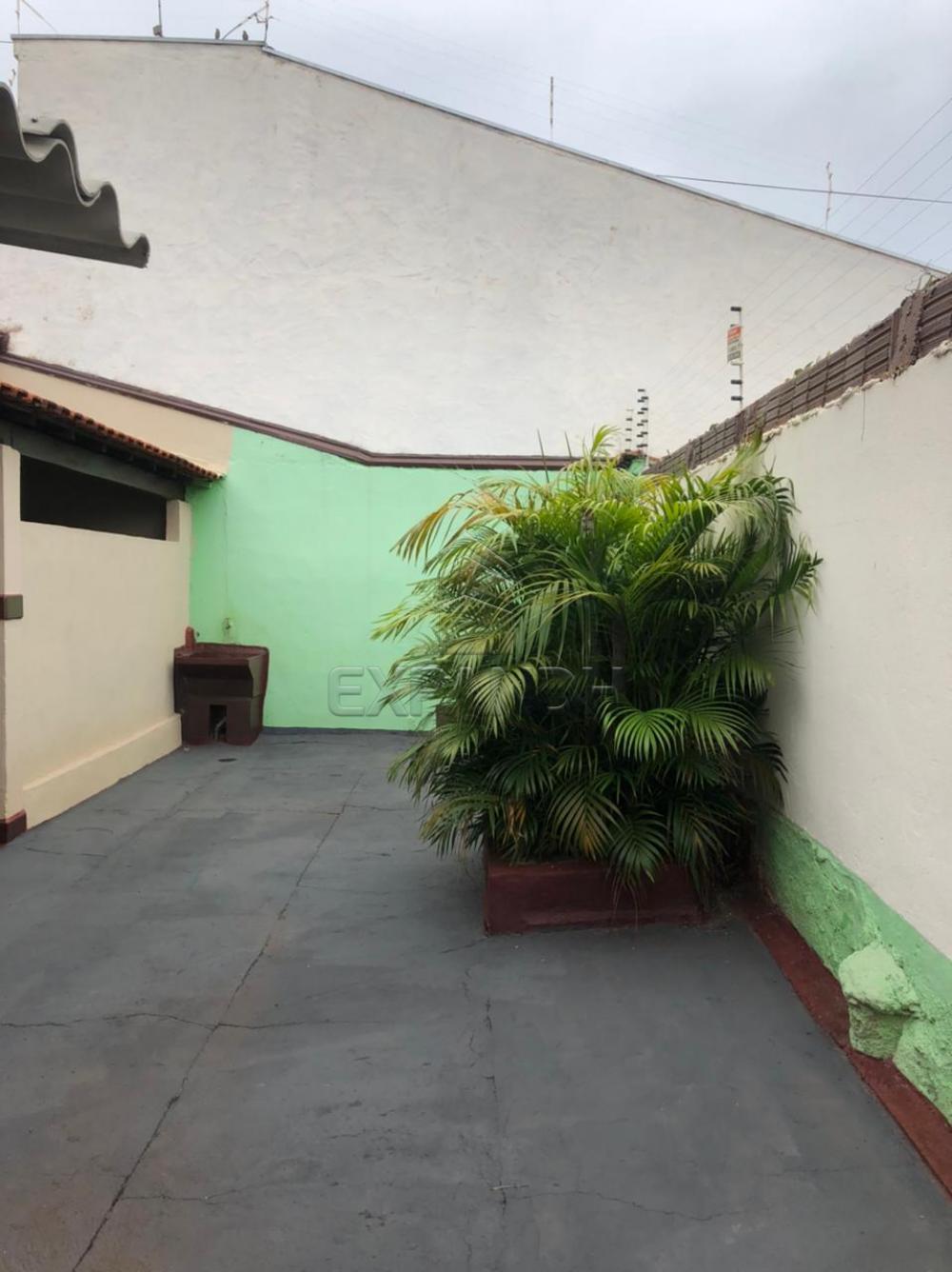 Alugar Casas / Padrão em Sertãozinho R$ 690,00 - Foto 3