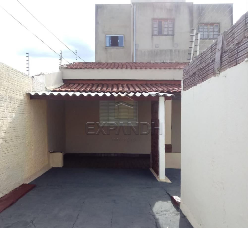 Alugar Casas / Padrão em Sertãozinho R$ 690,00 - Foto 8