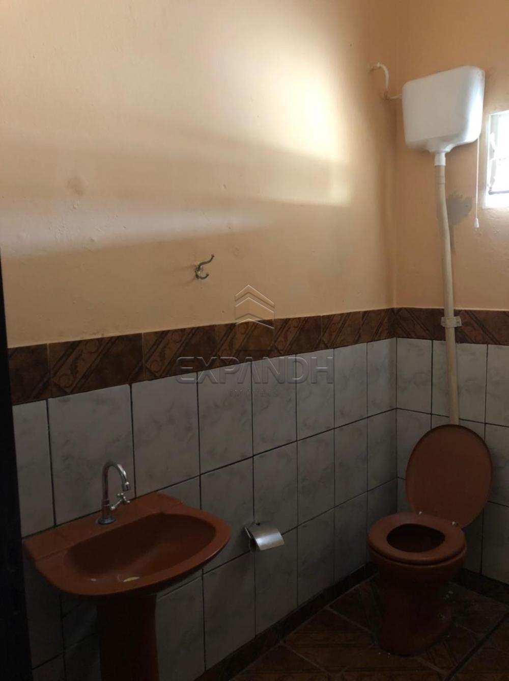 Alugar Casas / Padrão em Sertãozinho R$ 690,00 - Foto 13