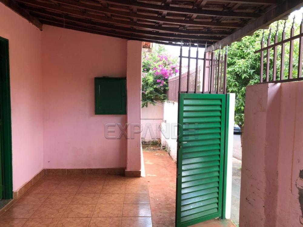 Alugar Casas / Padrão em Sertãozinho R$ 800,00 - Foto 4