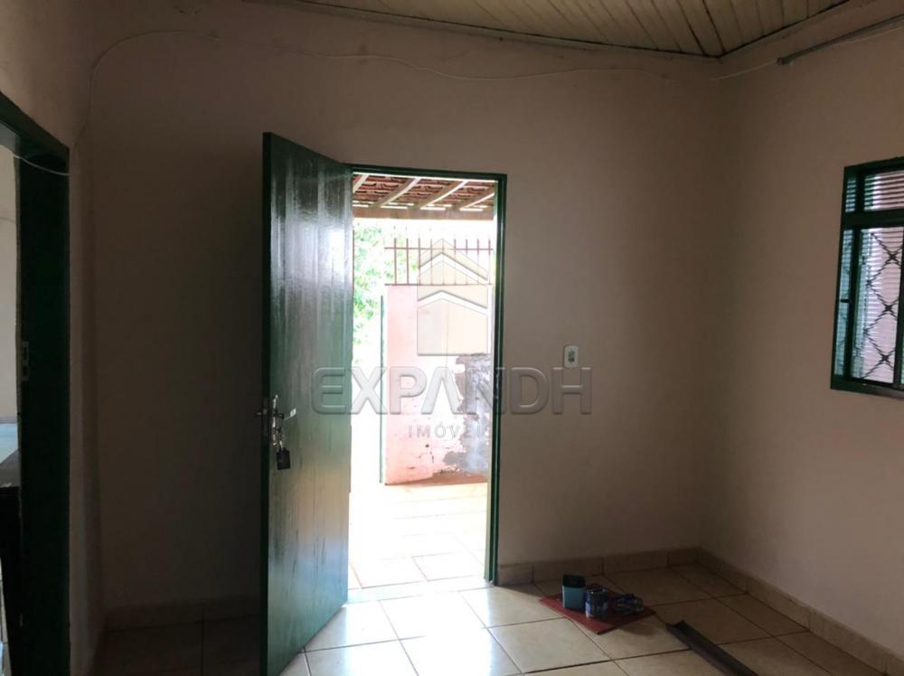Alugar Casas / Padrão em Sertãozinho R$ 800,00 - Foto 18