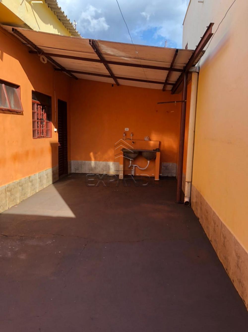 Alugar Casas / Padrão em Sertãozinho R$ 600,00 - Foto 3