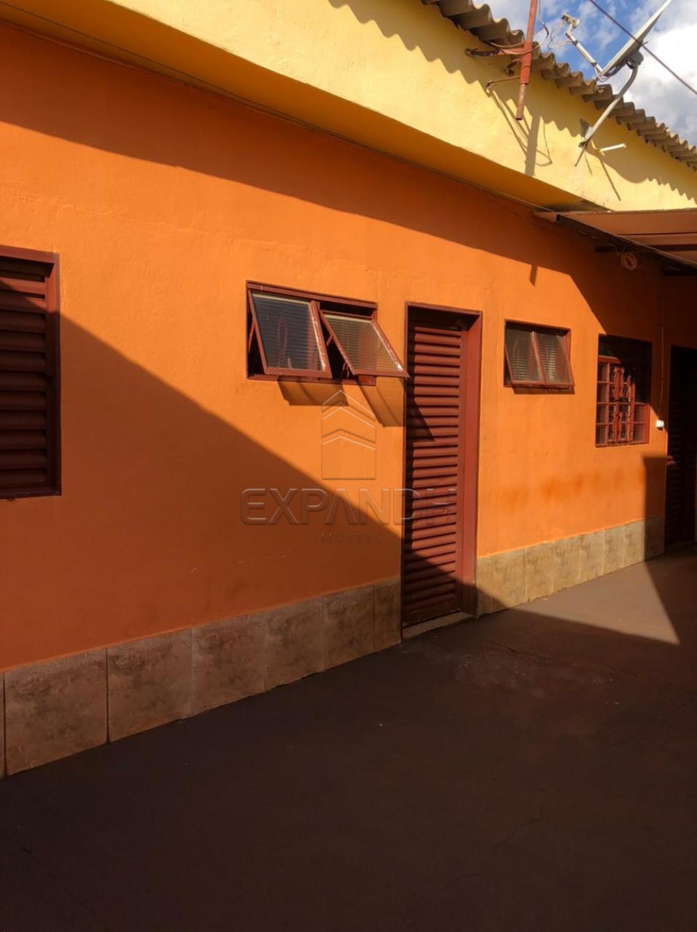 Alugar Casas / Padrão em Sertãozinho R$ 600,00 - Foto 4